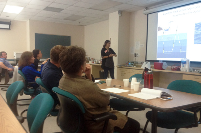 Postdoc Jessica Bean discusses ocean circulation with teachers at the Understanding Global Change summer institute