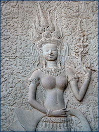 A smiling apsara at Angkor Wat