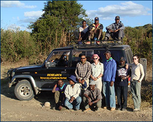 Leslea Hlusko with the TIPRP 2008 field crew in Tanzania